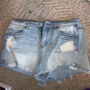 Denim Shorts with lace like detailing in pockets